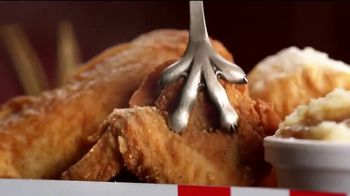 KFC $5 Fill Ups TV Spot, 'Two Pieces' - Thumbnail 4