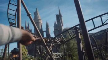 Universal Studios Hollywood TV Spot, 'New and Unexpected' - Thumbnail 3