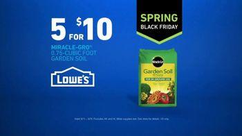 Lowe's Spring Black Friday TV Spot, 'Good Backyard: Miracle-Gro Soil' - Thumbnail 10