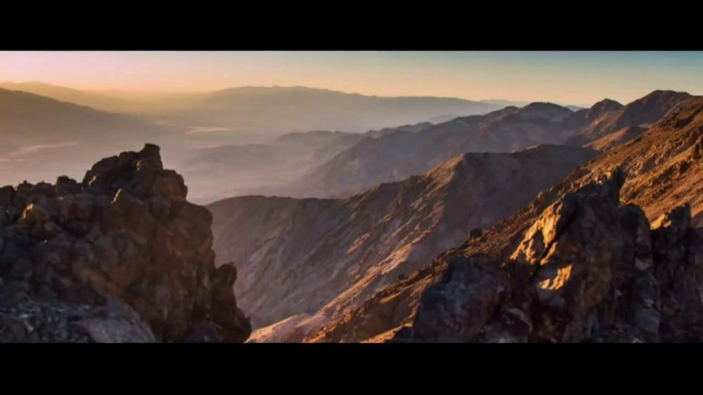 Jeep Spring Sales Event TV Commercial, 'World Comes With ...
