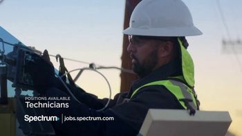 Spectrum TV Spot, 'Making the Most Out of Your Career' - Thumbnail 8