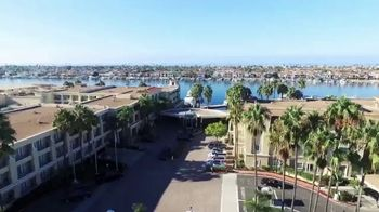 Balboa Bay Resort TV Spot, 'SoCal Style' - Thumbnail 1