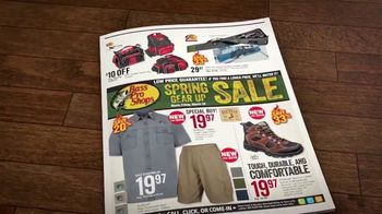 Bass Pro Shops Spring Gear Up Sale TV Spot, 'Fishing Boats and Gift Cards' - Thumbnail 3
