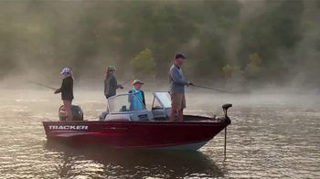 Bass Pro Shops Spring Gear Up Sale TV Spot, 'Fishing Boats and Gift Cards' - Thumbnail 4