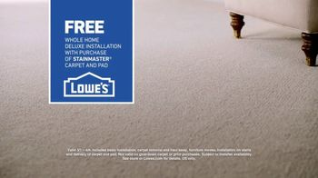 Lowe's Spring Black Friday TV Spot, 'The Moment: Old Carpet: Deluxe' - Thumbnail 8