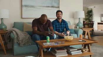 Aflac One Day Pay TV Spot, 'Always There' - Thumbnail 5