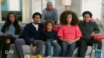 Almond Breeze TV Spot, 'USA Network: Modern Family'