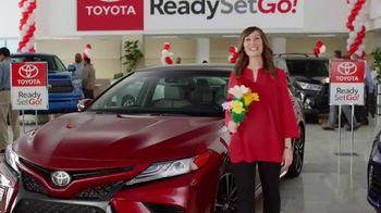 Toyota Ready Set Go! TV Spot, 'Flowers: 2018 Camry' [T2]
