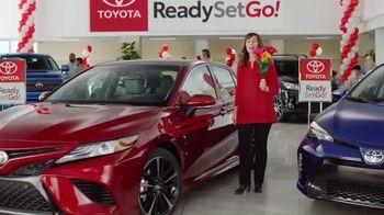 Toyota Ready Set Go! TV Spot, 'Flowers: 2018 Camry' [T2] - Thumbnail 2