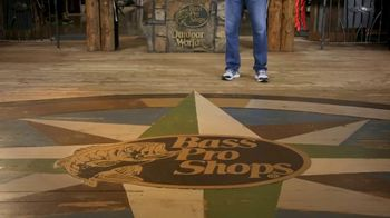 Bass Pro Shops Spring Gear Up Sale TV Spot, 'Boat Shoes and Kayaks' - Thumbnail 1