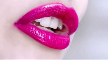 L'Oreal Paris Colour Riche Shine Lipstick TV Spot, 'Addictive Application' - Thumbnail 10