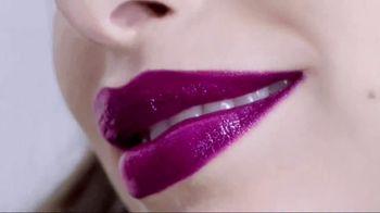 L'Oreal Paris Colour Riche Shine Lipstick TV Spot, 'Addictive Application' - Thumbnail 7