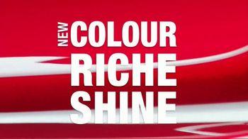 L'Oreal Paris Colour Riche Shine Lipstick TV Spot, 'Addictive Application' - Thumbnail 8