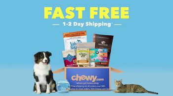 Chewy.com TV Spot, 'Customers Love the Free Shipping' - Thumbnail 9
