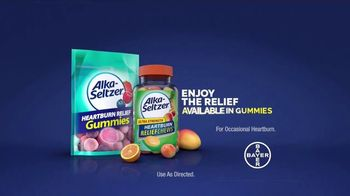 Alka-Seltzer Heartburn Relief Chews TV Spot, 'Fireman in the Cafe: Gummies' - Thumbnail 10