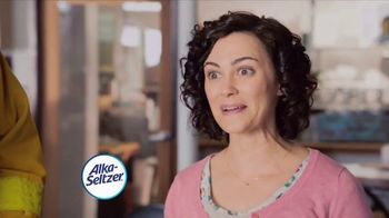 Alka-Seltzer Heartburn Relief Chews TV Spot, 'Fireman in the Cafe: Gummies' - Thumbnail 8