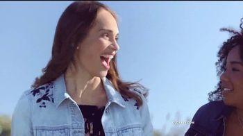 Old Navy TV Spot, 'Dile hola al vestido Cami: vestidos' [Spanish] - Thumbnail 2