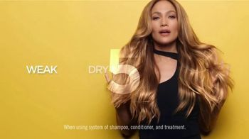 L'Oreal Paris Total Repair 5 TV Spot, 'Resilient' Featuring Jennifer Lopez - Thumbnail 4