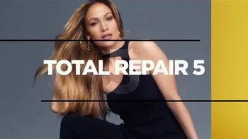 L'Oreal Paris Total Repair 5 TV Spot, 'Resilient' Featuring Jennifer Lopez - Thumbnail 7