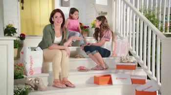 Payless Shoe Source TV Spot, 'Sandalias de verano' [Spanish] - Thumbnail 1
