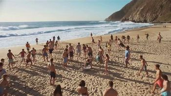Corona Extra Summer Beach Can TV Spot, 'Beach in a Can' Song by Jimmy Cliff - Thumbnail 1