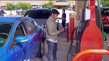 The Kroger Company Double Fuel Point Weekends TV Spot, 'Easy to Earn'