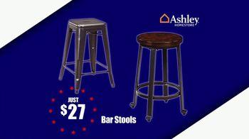 Ashley HomeStore Memorial Day Sale TV Spot, 'Sofas and Bar Stools' - Thumbnail 4