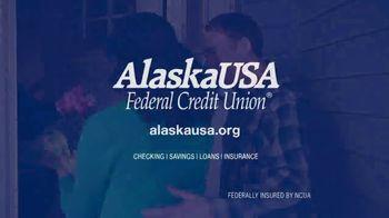 AlaskaUSA FCU TV Spot, 'Just Married' - Thumbnail 10