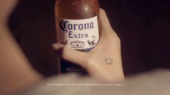 Corona Extra TV Spot, 'Sunshine Specialists' [Spanish] - Thumbnail 6