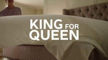Ashley Homestore Memorial Day Mattress Event TV Spot, 'King for Queen' - Thumbnail 3