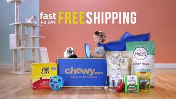 Chewy.com TV Spot, 'We Love the Savings' - Thumbnail 9