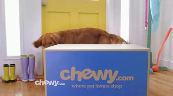Chewy.com TV Spot, 'We Love the Savings' - Thumbnail 6