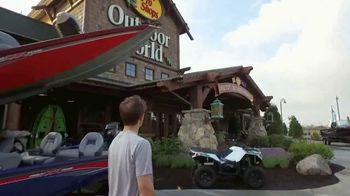 Bass Pro Shops Go Outdoors Event and Sale TV Spot, 'Cargo Shorts and BBQ' - Thumbnail 3