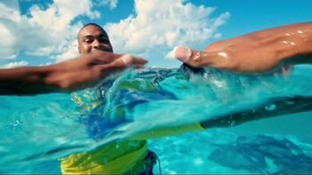 Cayman Airways TV Spot, 'Welcome Aboard' - Thumbnail 4