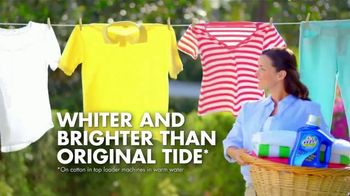 OxiClean Laundry Detergent TV Spot, 'Get Whiter, Brighter Clothes' - Thumbnail 5