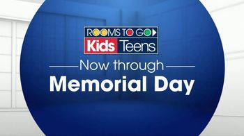 Rooms to Go Kids TV Spot, 'Memorial Day: Cottage Style Bedroom' - Thumbnail 1