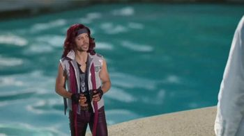 Diet Dr Pepper TV Spot, 'Lil' Sweet: Pool Toy' Featuring Justin Guarini - Thumbnail 6