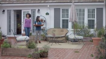 Lowe's Outdoor Entertaining Event TV Spot, 'The Moment: Outdoor Look' - Thumbnail 2