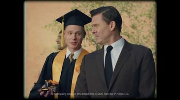 Taco Bell Naked Chicken Chips TV Spot, 'Graduation Day' - Thumbnail 7