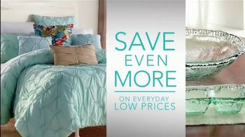 Stein Mart Summer Home Sale TV Spot, 'The Newest Trends' - Thumbnail 3