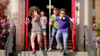 XFINITY Summer of Speed Sales Event TV Spot, 'School's Out' - Thumbnail 2