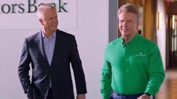 Investors Bank TV Spot, 'Good in Green' Feat. Phil Simms, Boomer Esiason - Thumbnail 6