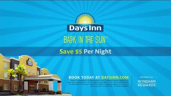 Days Inn TV Spot, 'Bask in the Sun: Safari Adventure' - Thumbnail 9