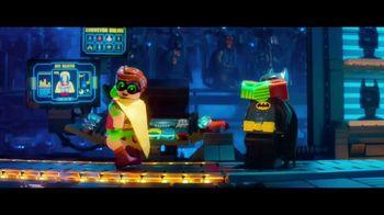 The LEGO Batman Movie Home Entertainment TV Spot - Thumbnail 3