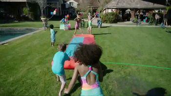 H2O Go! TV Spot, 'Fun in the Sun' - Thumbnail 4