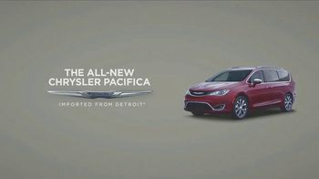 Chrysler Pacifica TV Spot, 'Without Mothers' [T1] - Thumbnail 8