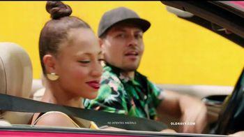 Old Navy TV Spot, 'Dale sabor a tu verano' canción de Sofi Tukker [Spanish] - Thumbnail 1
