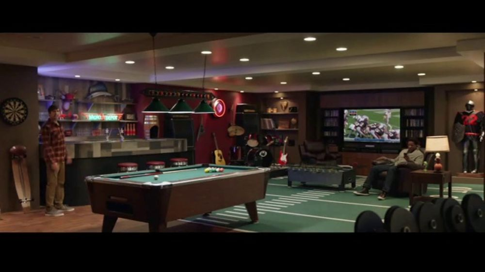 Progressive TV Commercial, 'Super Man Cave'