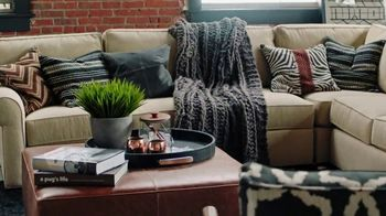 Ethan Allen TV Spot, 'Design Your Look Today: Free Shipping' - Thumbnail 5