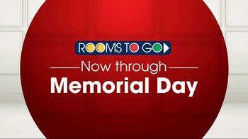 Rooms to Go TV Spot, 'Memorial Day: Queen Beds' - Thumbnail 1